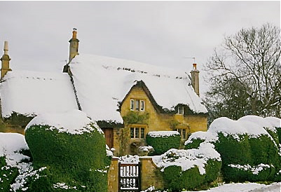 Pikesthatchedcottage1